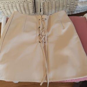 Creme skirt